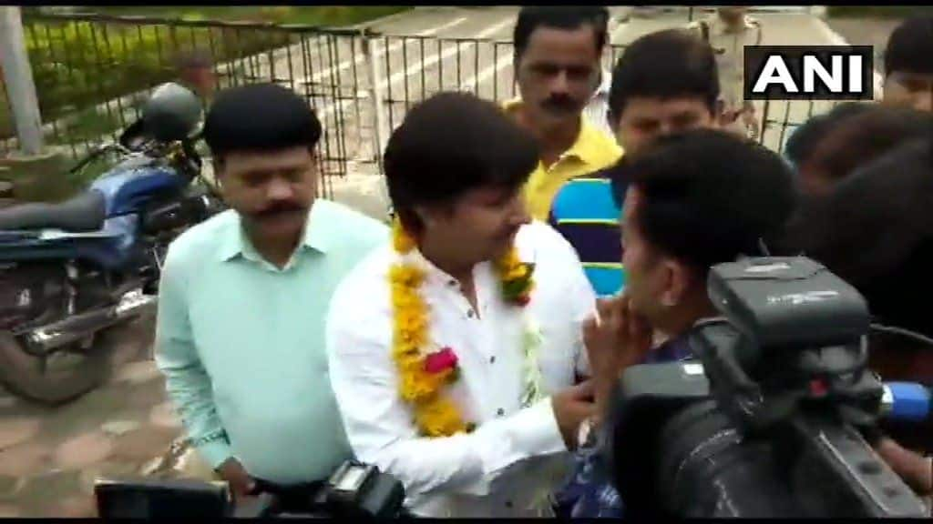 Akash Vijayvargiya Walks Out of Jail on Bail, Garlanded, Says Not Embarrassed at What I Did