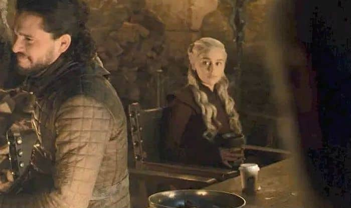 Remember Coffee Cup in Game Of Thrones Episode? Sophie Turner Blames 'Lazy' Kit Harington For it