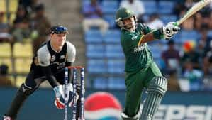 New Zealand Vs Pakistan Live Cricket Score - Match 33