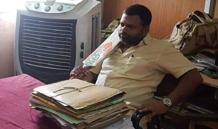 Another BJP Leader Reaches Municipality Office With Bat, Says Inspired by Akash Vijayvargiya