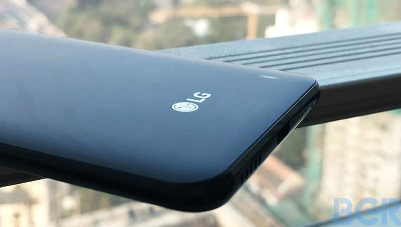 LG bets high on W-series, aims to sell 1 million devices by December-end