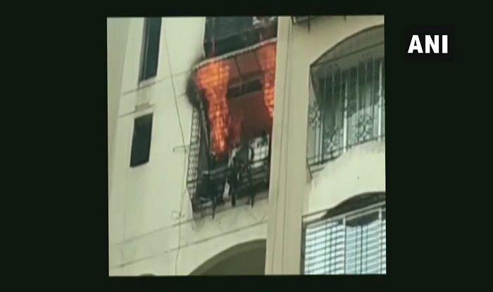 Mumbai: Fire Breaks Out at Minar Tower in Jogeshwari Area; Fire Tenders at Spot