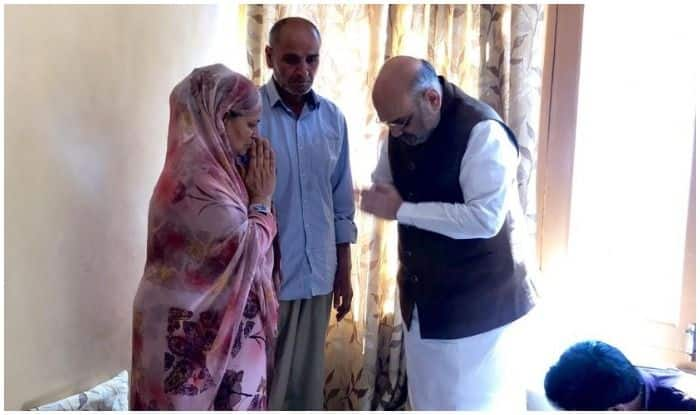 Amit Shah in Kashmir: Home Minister Visits Kin of J&K Cop Martyred in Anantnag Attack