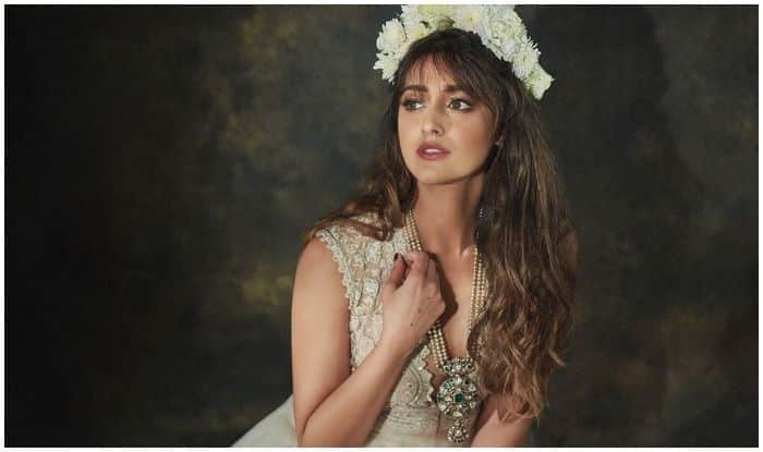 Ileana D'Cruz' Flower Story And Sizzling Photoshoot Picture is All The Pump You Need to Start Your Week!