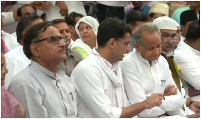 Amid Reports of Rift, Ashok Gehlot Attends Iftar Party Hosted by Sachin Pilot