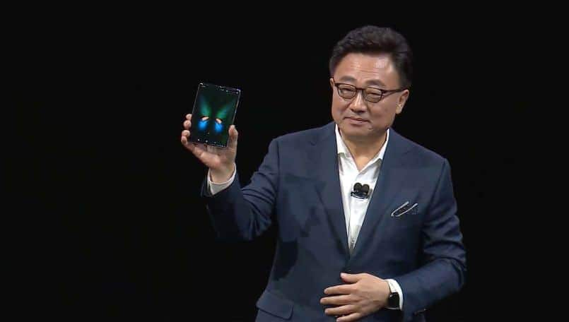 Samsung out-folding smartphone to launch before Huawei Mate X; mass production reportedly started
