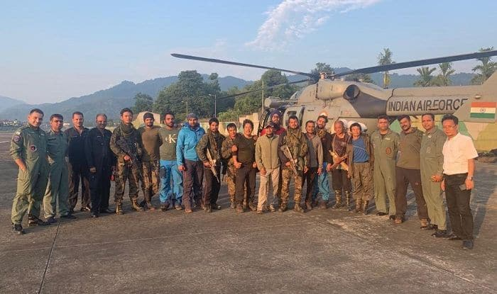 IAF Retrieves 15-member Search&Rescue Team From AN-32 Crash Site, Says All in Good Health