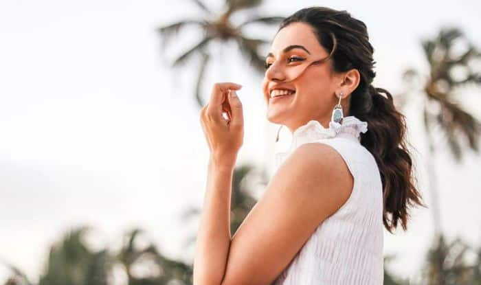 Taapsee Pannu's Witty Contrast of 'Actors Life' Struggles From Typical Heroines' 'Chiffon Sarees' Cracks up Fans