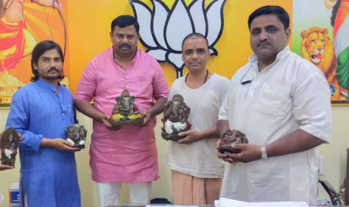 Ahead of Ganesh Chaturthi, BJP MLA Unveils Eco-friendly Ganpati Made From Cow Dung
