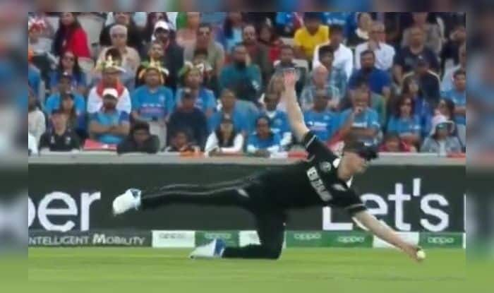 Jimmy Neesham catch, Jimmy Neesham takes brilliant catch to dismiss Dinesh Karthik, ICC Cricket World Cup 2019, India vs New Zealand, Ind vs NZ, Team India, Manchester weather, Online Cricket Tips - ICC Cricket World Cup 1st Semifinal, Cricket Tips And Predictions - 1st World Cup Semifinal. Manchester, Old Trafford,