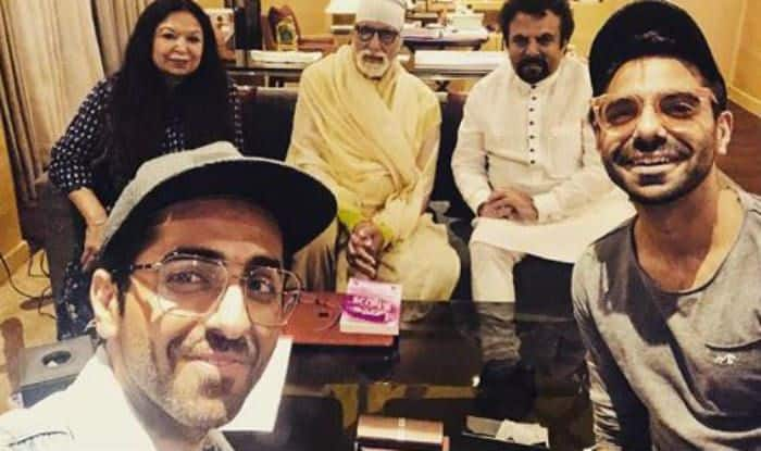 Amitabh Bachchan posing with Ayushman Khurrana, Aparshakti Khurana and their parents in Lucknow after shooting for Gulabo Sitabo