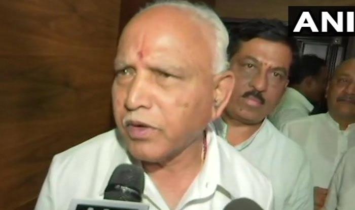 कर्नाटक में सियासी संकट गहराया, भाजपा ने कहा- अल्पमत में आई सरकार, कुमारस्वामी इस्तीफा दें