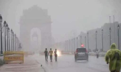Heavy Rains End Prolonged Dry Spell in Delhi-NCR, Bring Down City Temperatures