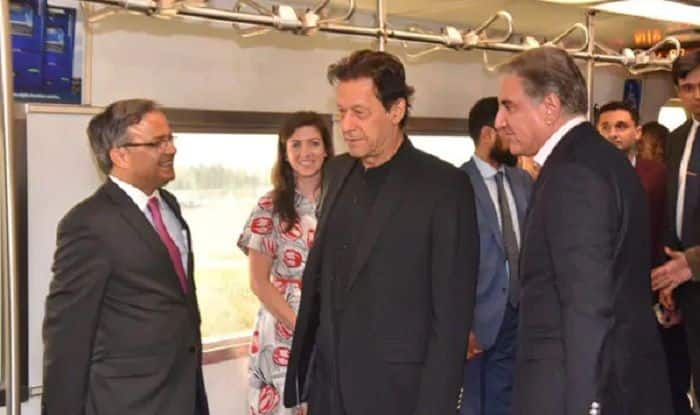 Imran Khan Reaches US With Army Chief, Pak Intelligence Agency Official