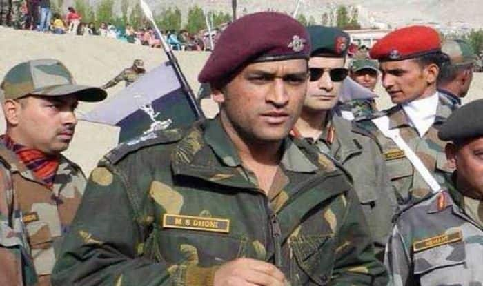 MS Dhoni, MS dhoni Indian Army, MS Dhoni to Serve in Kashmir, Dhoni Assigned Patrolling, Guard Duty in Kashmir, Dhoni-Army-Kashmir, Dhoni to Perform Patrolling Duty, MS Dhoni Parachute Regiment, Lieutenant Colonel MS Dhoni, Cricket News, India vs West Indies 2019, Dhoni Joins Indian Army
