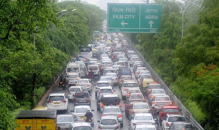 Noida Police, Rash driving, Challan, Motor Vehicles Act, Operation Clean