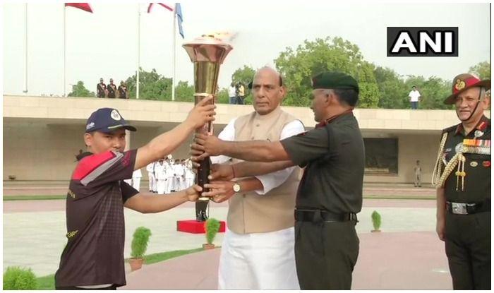 Rajnath Singh Lights 'Victory Flame' in Delhi, to be Merged With Eternal Flame on Kargil Vijay Diwas