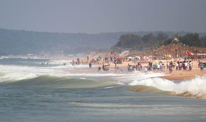 Goa tourism industry, Australia, United Arab Emirates, Candolim beach
