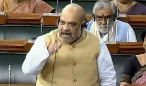 'Sunne ki Aadat Daliye Owaisi Saab, Aise Nahi Chalega': When Amit Shah Rebuked AIMIM Chief in Lok Sabha