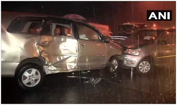 Mumbai: 8 Injured as Three Cars Collide Due to Low Visibility After Heavy Rainfall
