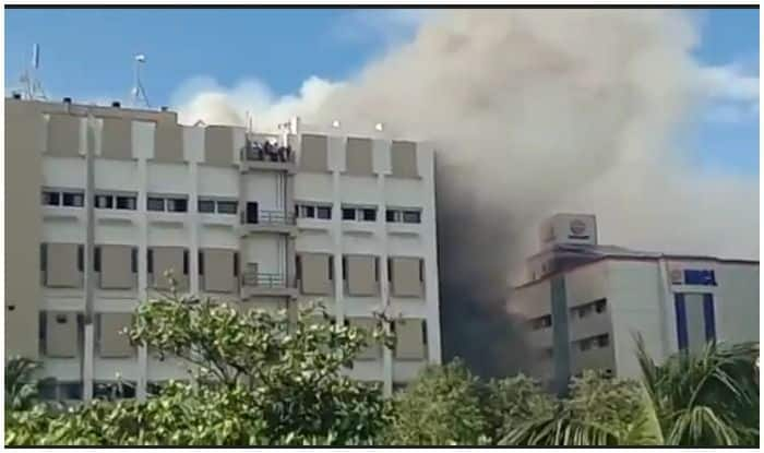 Mumbai Fire Updates: Fireman Admitted to Hospital Due to Suffocation, At Least 30 Still Trapped