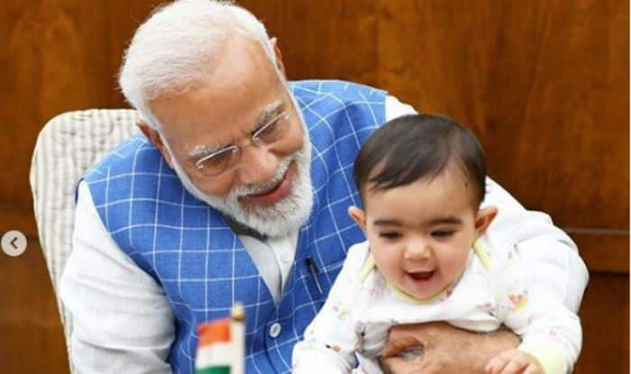PM Narendra Modi Plays With Toddler in Parliament, Calls Him Very Special Friend; Netizens Can't Stop Talking About Him