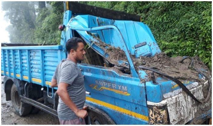 Bengal: Landslides Due to Torrential Rains Block Roads, Damage Houses in Darjeeling