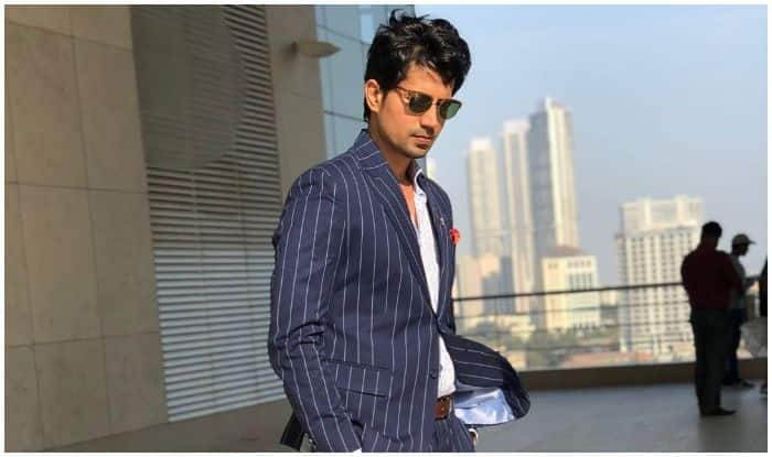 Sumeet Vyas' Charms in Latest Picture Will Surely Knock You Out, Viral Post Leaves The Internet Bewitched!