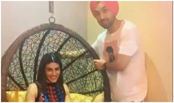 Arjun Patiala Stars Kriti Sanon-Diljit Dosanjh Look Immersed in Sachiya Mohabbatan And THIS Video is Proof!