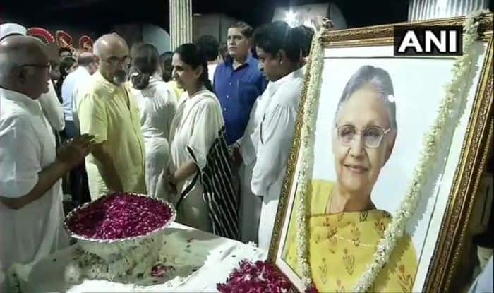 Former Delhi CM Sheila Dikshit Cremated With Full State Honours at Nigambodh Ghat