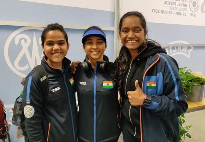 Indian shooting, Indian shooters, Mehuli Ghosh, Elavenil Valaravin, ISSF Junior World Championship, Shooting Championship,