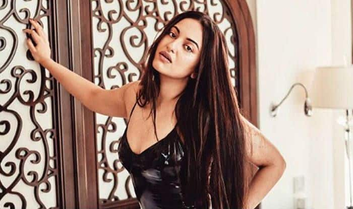 After Dating Someone From Bollywood, Sonakshi Sinha Reveals She Now Needs a 'Susheel Ladka'