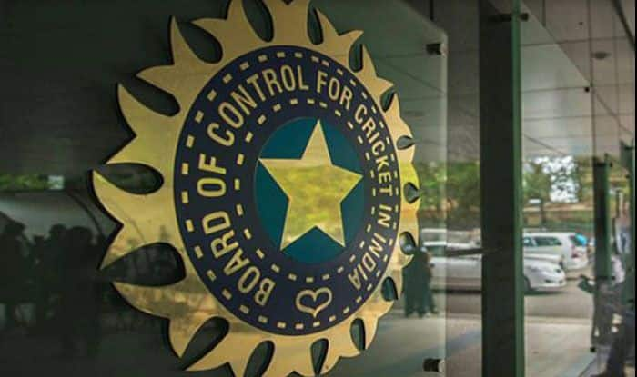 BCCI, BCCI selection committee, Indian cricket team coach, Indian cricket team batting coach, Indian cricket team fielding coach, Indian cricket team bowling coach, Indian cricket team strength and conditioning coach, BCCI shortlists three members for strength and conditioning coach, Virat Kohli, Ravi Shastri head coach