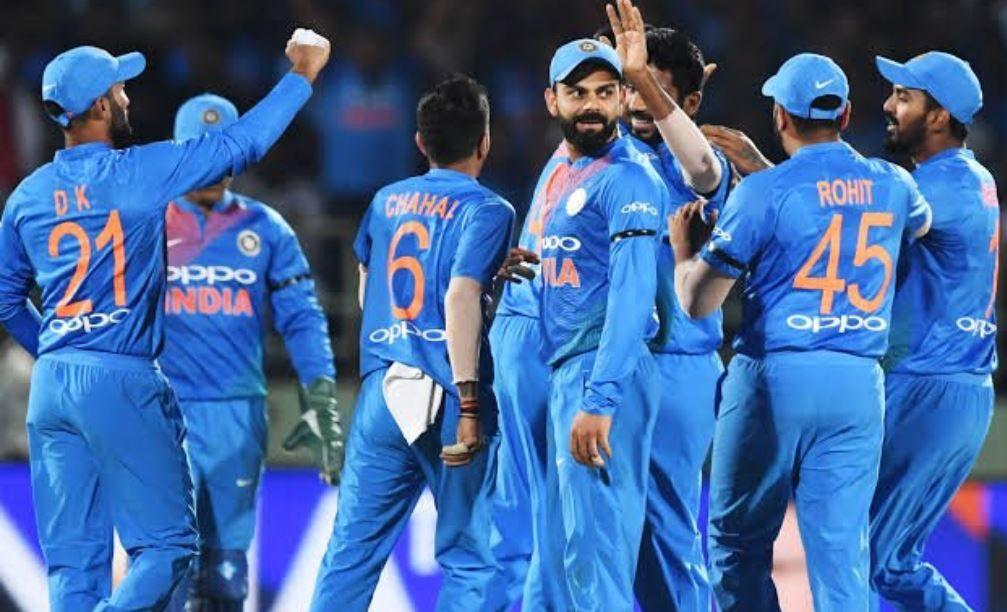 BCCI, 15-member T20 squad for series against South Africa, BCCI announce 15-member T20 squad for home series against South Africa, No MS Dhoni in new T20 squad announced by BCCI, Dhoni dropped from new T20 squad by BCCI, BCCI drop Dhoni, Dhoni dropped, Dhoni retirement, Virat Kohli, Hardik Pandya makes comeback, Hardik Pandya back in India team