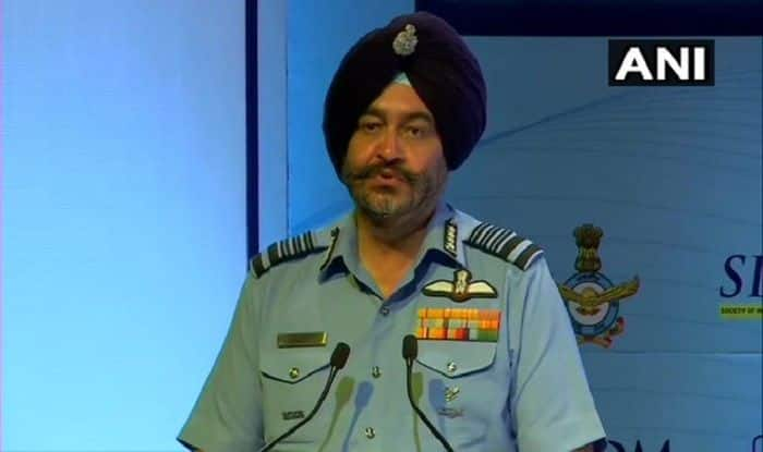 IAF Chief Bats For Indigenous Technology, Says Can't Wait For it to Replace 'Obsolete Equipment'
