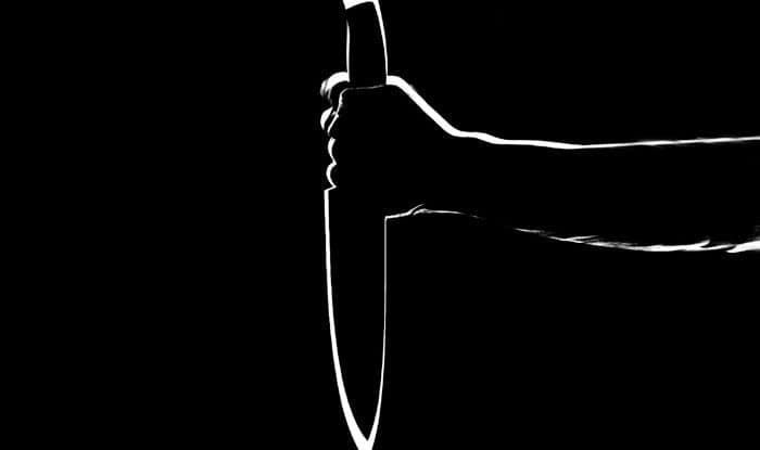 Men stabbed, Eve teasing, New Delhi, Sangam Vihar