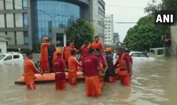 Gujarat: Heavy Rains Lead to Flash Floods in Vadodara, NDRF Begins Rescue Operation