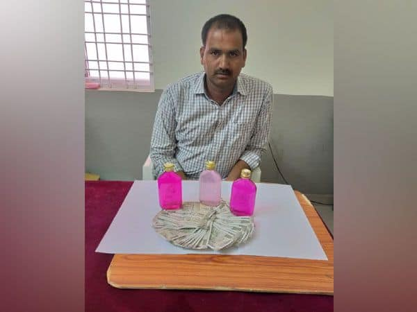 Telangana Cop Caught Taking Bribe, Day After Winning Award on Independence Day