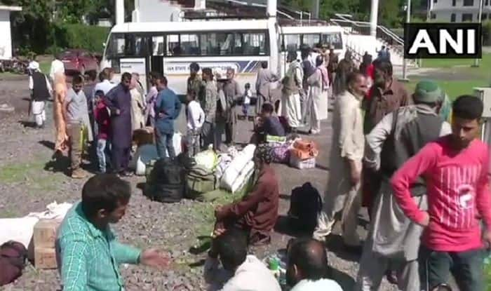 PoK Residents Stuck in J&K's Poonch as Gates Don't Open For Cross-LoC Bus