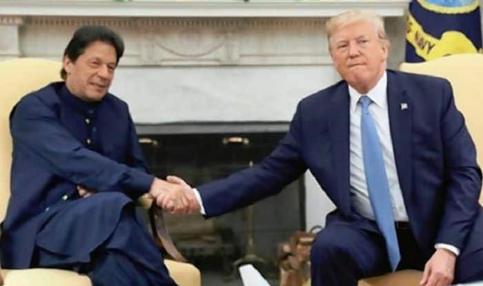 After 30-Minute Call With PM Modi, Trump Calls Imran Khan, Asks to 'Moderate Rhetoric'