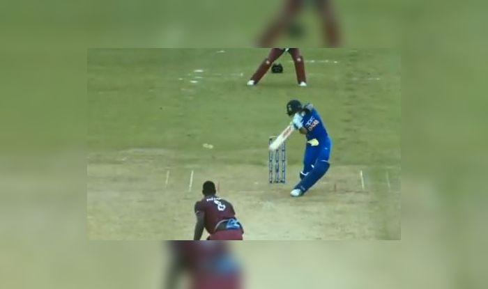 Virat Kohli shot, Viviaan Richards praises Virat Kohli, I would have liked to play that shot when I was playing, Virat Kohli Breaks Ricky Ponting's record, Virat Kohli records, Virat Kohli 43rd ODI century, Indian Cricket Team, Team India, Ind vs WI, WI vs Ind, India captain Virat Kohli, Virta Kohli centuries, Man of the match Virat Kohli, Man of the Series Virat Kohli, King Kohli