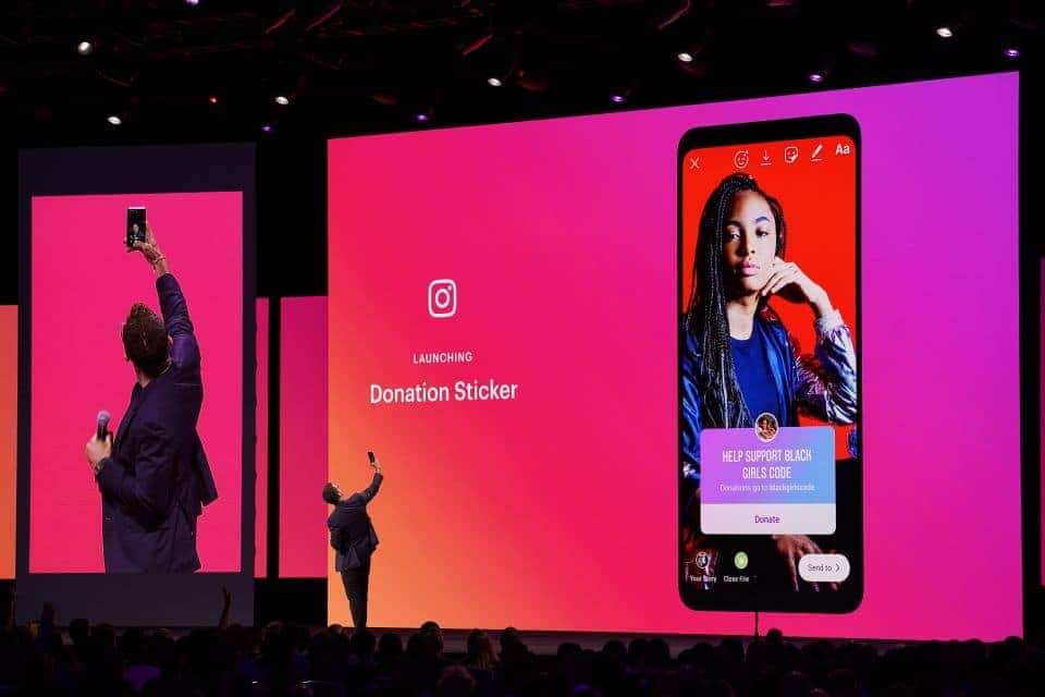Facebook now allows anyone to create custom face filters for Instagram Stories
