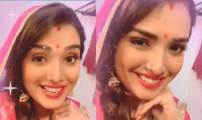 Bhojpuri Bomb Amrapali Dubey's Latest Dance Video From The Sets go Viral, Looks so Much Like Priyanka Chopra