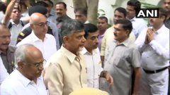 Andhra Pradesh: Stones, Slipper Hurled at Chandrababu Naidu on His Way to Amravati