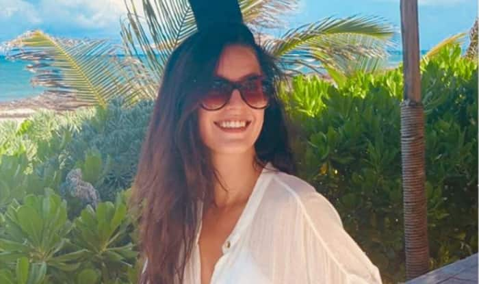 Katrina Kaif's Sister Isabelle Kaif's oh so Hot Pictures Will Make You go Gaga Over Her