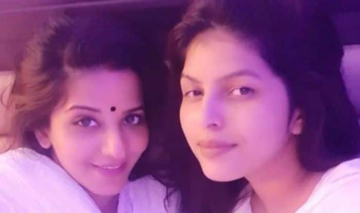 Bhojpuri Actor Monalisa Looks Hot as She Twins With Her Best Friend in White