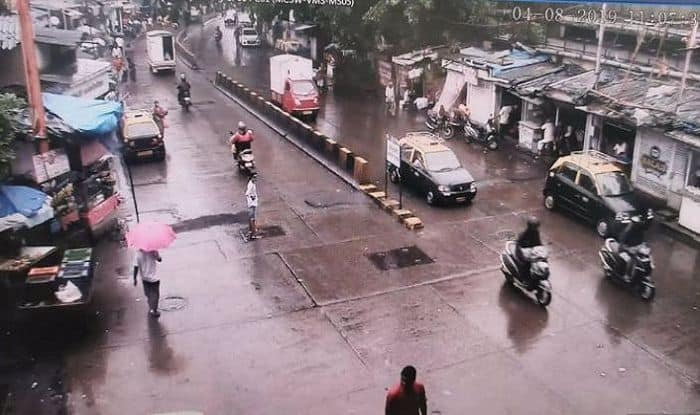 Mumbai: Met Issues Orange Alert as Rains Likely to Continue For Next Few Days