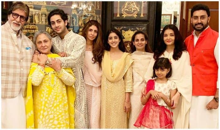 Amitabh Bachchan, Jaya Bachchan, Shweta Bachchan, Aishwarya Rai Bachchan, Abhishek Bachchan and Aaradhya Bachchan with her other siblings from Bachchan clan