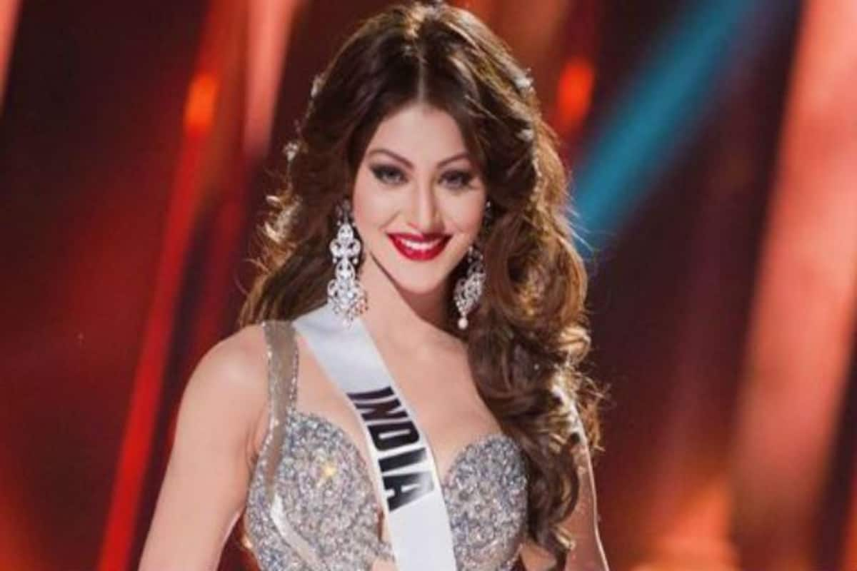 Urvashi Rautela Sets Fans Drooling as She Leaves Little For Imagination in  Throwback Picture From Miss Universe Days | India.com
