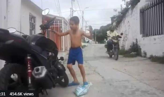 Boy Dances to The Tunes of Anti-Theft Bike Alarm And Expressions Will Leave You Rolling on The Floor Laughing-Watch